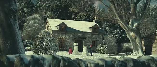 Still from john lewis Snowman Video campaign