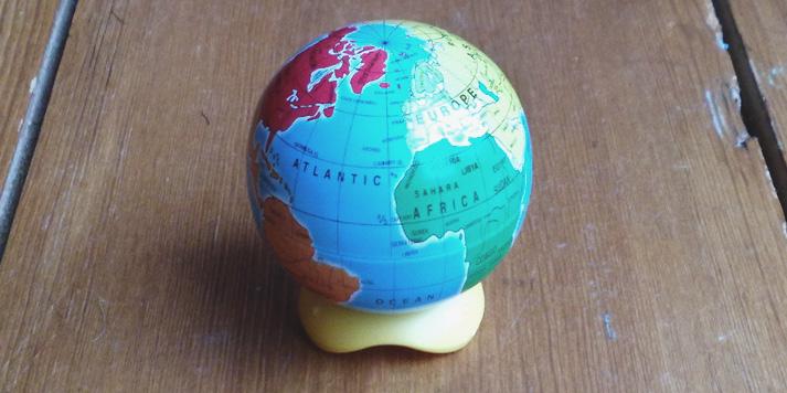 mini globe