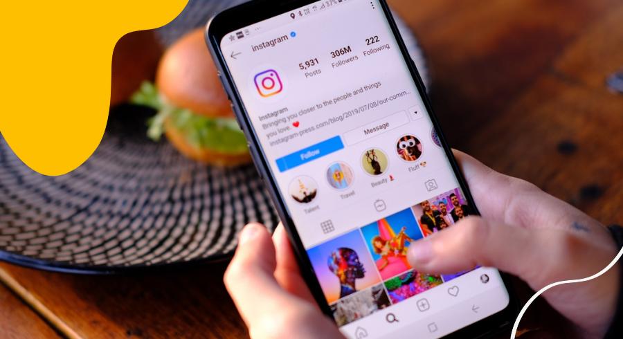 Instagram Engagement Down? 2021 Algorithm Tips Featured Image